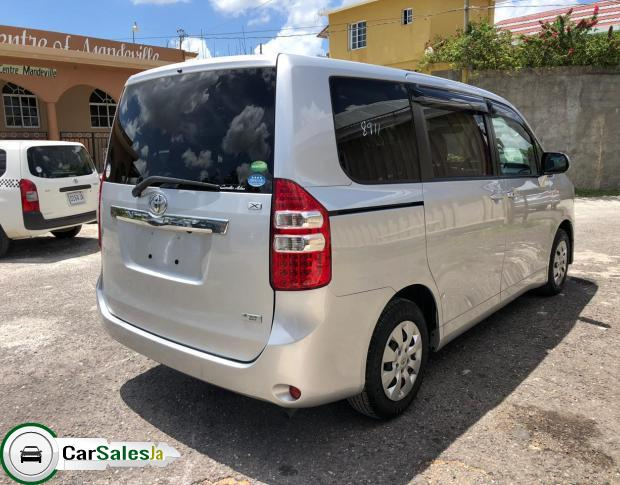 Cars for sale in Jamaica, Toyota NOAH Car for sale in Jamaica